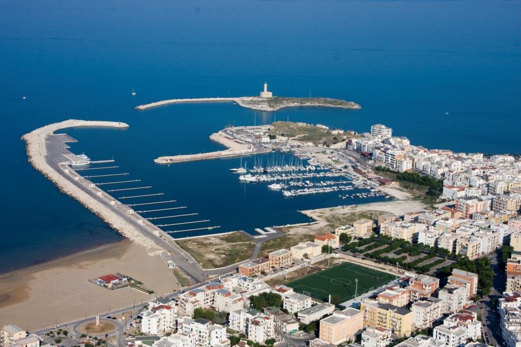 porto turistico pontili
